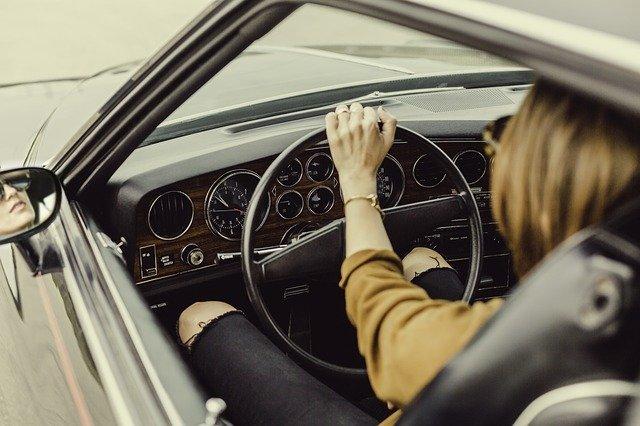 Goedkoop reizen naar je werk met de auto